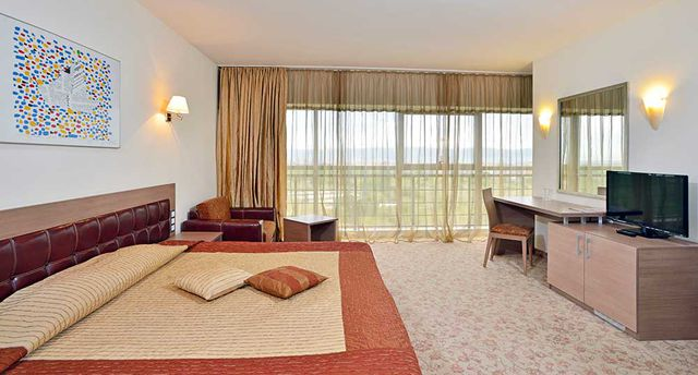 Sol Nessebar Palace Hotel - DBL room park view